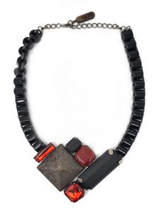 Necklace geometric block resin design black/red