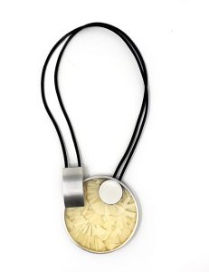 Necklace-Pictured Sculpture of images Silver/White