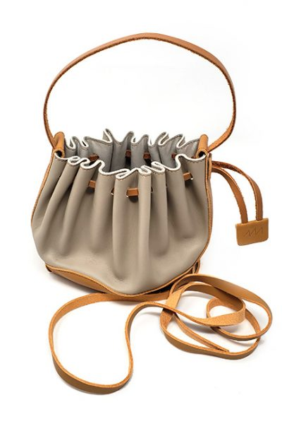 Handbag- Leather chic and contemporary sculptured Taupe/tan