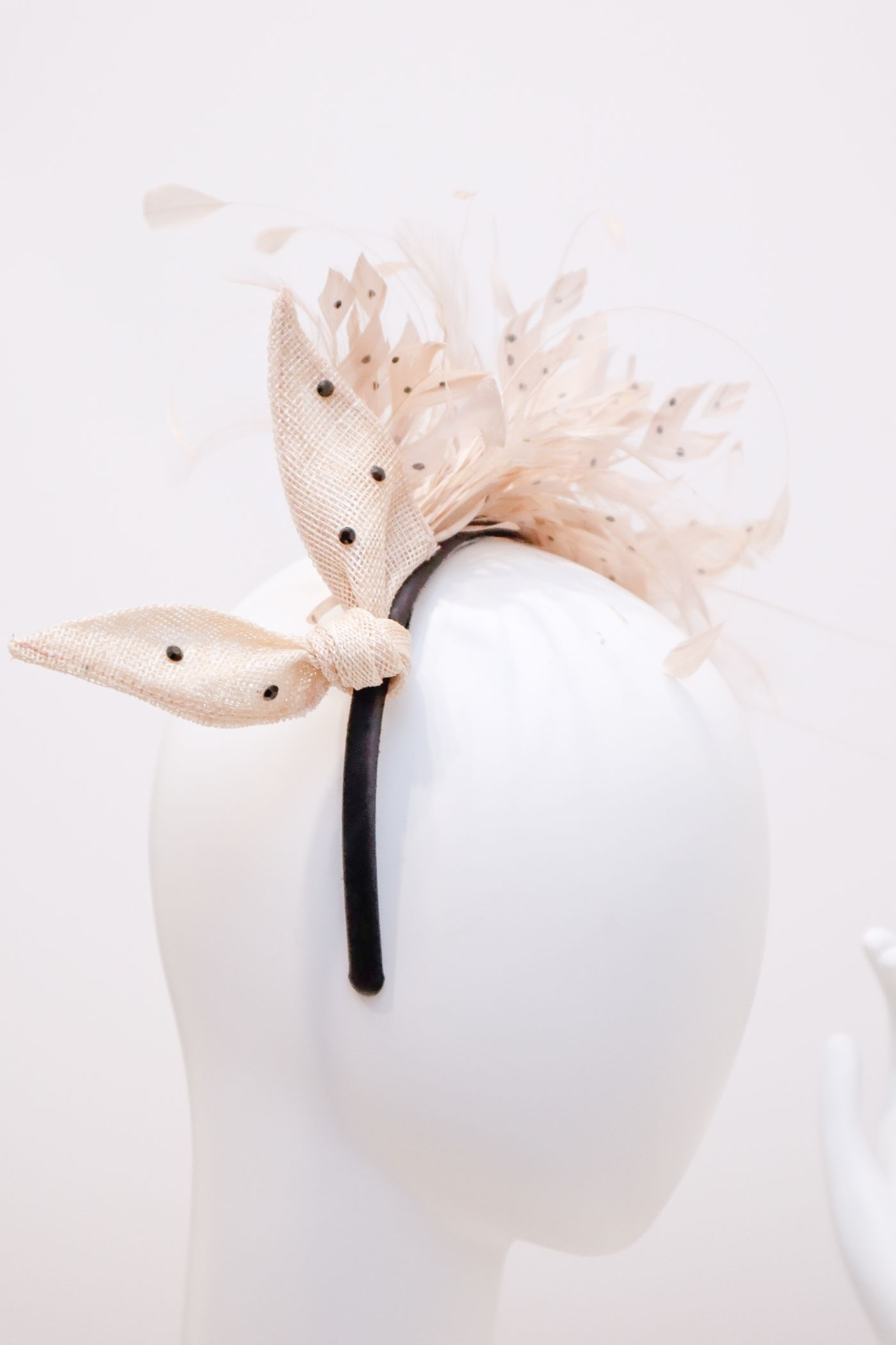 Fascinator, sinamay bow with black crystals decorative feathers, handmade headband beige/touch black