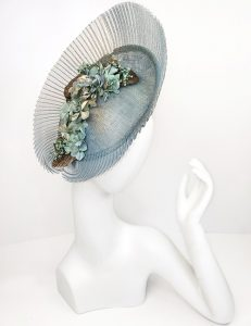 Marilyn fascinator Handmade in Paris 2641 Light Blue