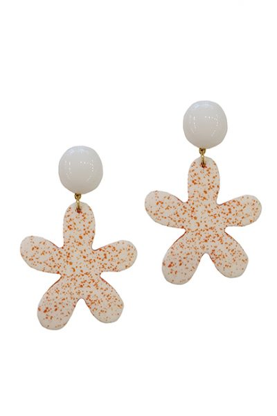 Marilyn French White Orange Speckled Flower Resin Clip Earrings