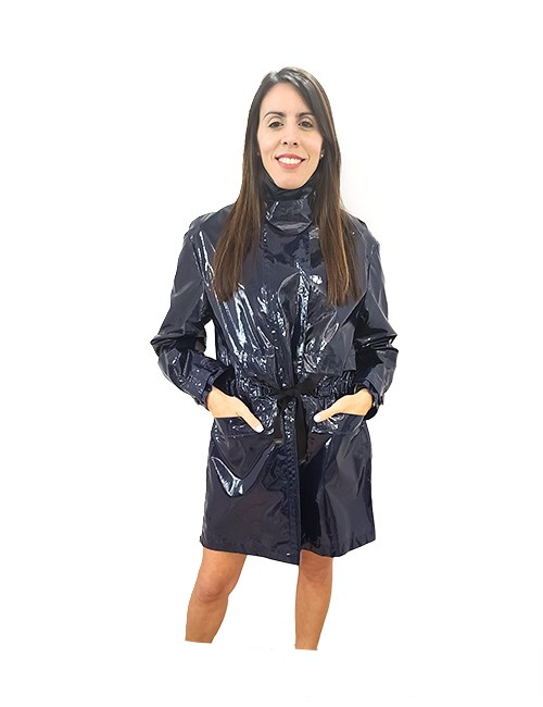 Marilyn French made ¾ Raincoat, Snap fastener over Zipper in front, Side zipper pockets, Side Zippers, Draw Waist, 100% Cotton with Slick Coating