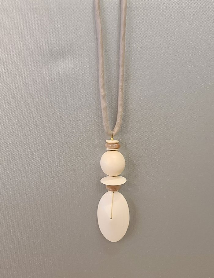 Marilyn's Spanish Wood and Stone Necklace CL1